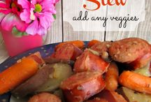 Soups and Stews / by Suzy Rodgers
