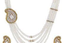 Attractive Bollywood Designer Strand Jewelry