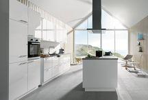 SmartSelect Keukens ♡ by Keukenstudio Maassluis / #SmartSelect keuken. De naam zegt het al: slimme keuze. Zoals een restaurateur beschikt over een huiswijn, zo beschikken wij over SmartSelect, ons huismerk.. #SmartSelectkeuken