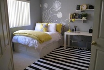 Guest Bedrooms / by Stacey Kutz
