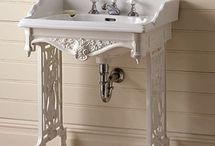 guest bathroom 1st flr