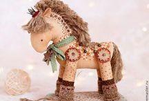 лошадки текстильные