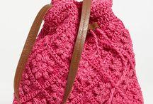 tasky, kabelky a puzdra / hackovane tasky, kabelky a puzdra na rozne veci