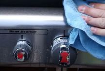Grill Cleaning 101 / Get your grill ready for BBQ season!