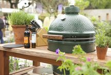 Big Green Eggs and BBQs / This bord is all about the amazing Big Green Egg and all the yummy things you ca cook on it. We also feature Pizza oven and BBQ.