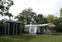 Camping in Twente / Kamperen in Twente bij Vakantiepark & Camping Mölke in Zuna. Mölke heeft ruime kampeerplaatsen en ook kampeerplaatsen met privé sanitair. Luxe kamperen in Twente.  Bekijk ook eens: https://www.molke.nl/vakantiepark/camping-twente/