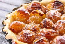 Fruits d'été et d'automne - Prunes, figues, péchés, abricots