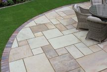 Low Cost Garden Paving Ideas / If you are looking to pave your garden on a budget, have a look at some of these low-cost paving options for inspiration. Create your patio at a cost to suit you.   #patio #lowcost #ideas