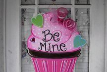 cupcake door decoration