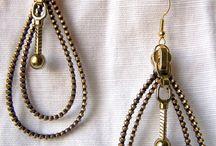 orecchini fatti con zip