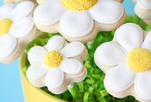 Cut Out Cookies / cookies to decorate with royal frosting and/or fondant / by Peggy Jones Para