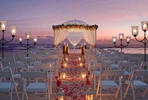 Wedding Idea's for Friends / by Aileen Van Bergen