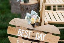 DIY wooden wedding decor