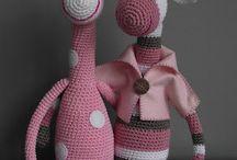 bonecos crochet