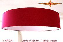 Großformatige Lampenschirme / Lampenschirme 70 - 100 cm handgefertigt  Alle Lampenschirme von Gruzdz-Berlin werden in Handarbeit mit großer Sorgfalt und viel Liebe zum Detail in unserem Berliner Atelier hergestellt. Die Schirme sind einsetzbar für Pendelleuchten, für Steh- und Tischleuchten mit E27 und E14 Fassungen. Sie können jeden Lampenschirm mit einem passenden Licht-Diffusor / Blender und einem Baldachin für Pendelleuchten aus unserem Shop ergänzen.