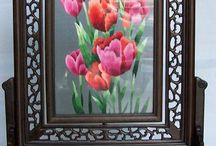 Double-Sided Embroidery / Chinese double-sided embroidery from Suzhou China. Embroidery has two sides that are embroidered at the same time and the iamges are exactly the same. Framed double-sided embroidery that has two sides of embroidery work.