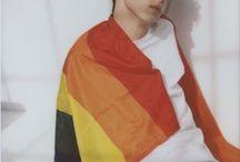 「Troye Sivan」