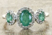 Vintage Emerald Love / rings of my dreams / by Terresa Marie