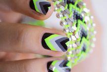 Nails / by Jenn Roye