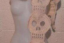 She's Crafty! / knit, pearl, crochet it / by Renee Carmona Duffy