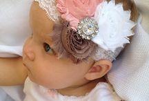 Μωρακια με κορδελες