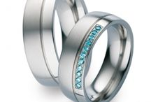 Ringe mit farbigen und aussergewöhnlichen Brillanten/Steinen / Wir präsentieren dir wirklich schöne Trauringe mit den schönsten funkelnden farbigen Steinen. Dieser Trend beginnt im Jahr 2015 und wird sich in den nächsten Jahren noch stärker durchsetzen.