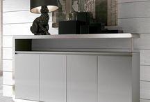 Aparadores para el comedor / El aparador se convierte en el aliado ideal a la hora de mantener en orden el comedor. Mueble contenedor por excelencia, en el podemos tener guardada la cuberteria, manteleria, vajillas y demas menaje necesario para vestir el comedor.