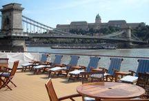 Cruise / 多彩な寄港地をめぐるクルーズ旅行の魅力をご紹介します。