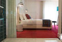 Quartos | Accommodations / Um misto de elegância e modernidade a pensar no seu conforto… | A mixture of elegance and modernity, though your comfort…