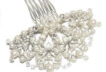 pearls...ooooooo... / anything to do with pearls :) / by Gwendolyn Sprague