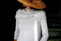 Pamelas, sombreros y tocados.