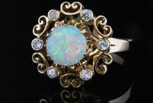 Vintage Jewelry / Pre-owned Estate or vintage jewelry