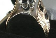 Birds and Feathers / Bird and Feather motif rings in silver golds and platinum