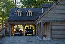 Oak garage buildings