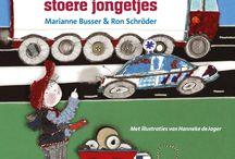 Het wielenboek voor stoere jongetjes / Over een jongetje dat een kast vol auto's heeft, dat mag graven met een echte graafmachine en mag racen in een echte raceauto. Welke jongen wil dat nu níét? Een fijn boek voor stoere jongetjes, om lekker bij weg te dromen.