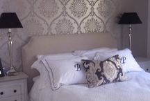 Bedrooms designed by Jemden Interiors / this bedroom was designed by Andrea at Jemden interiors. The wallpaper creates a feature for the room