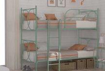 LITS SUPERPOSÉS / Une large sélection de lits superposés pour décorer vos chambres infantiles et juvéniles. Les lits superposés sont une solution idéale pour le manque d'espace dans les chambres des enfants.