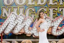 Las Vegas Destination Weddings / Wondering where to have your dream destination wedding? Consider Las Vegas! Get inspiration from this vibrant city here.