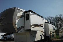 Cedar Creek 5th Wheels / New & Pre Owned Cedar Creek by Forest River 5th Wheel trailers