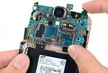 Sustitución de la placa madre del Samsung Galaxy S4 / Para cambiar la placa base de su Galaxy S4, siga los pasos siguientes.