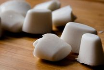 Coconut Oil Recipes & Benefits / All things coconut oil. Recipes, Uses and benefits!