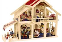 doll houses & furniture