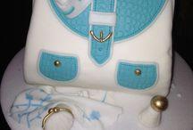 Cakes / Deliciosa torta decorada en forma de cartera.