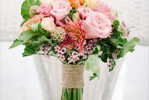 Wedding Ideas! / by Desiree Kuhn