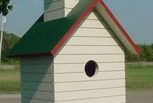 Bird- and butterfly houses / I have a thing about houses, tiny houses