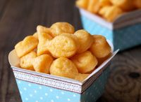 Food - Breads & crackers / by Jen Hilhorst