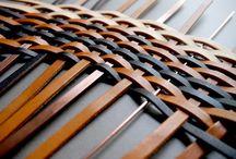 #WEBZINE #Tresséscuirs #cuir / C'est l'automne et le cuir est tout naturellement à l'honneur chez Dines. Un revêtement haut de gamme qui se décline en tressage pour le plus grand bonheur des designers et architectes. Découvrez ces tressés cuirs sur le Webzine de Dines.