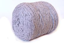 Recycled T-shirt yarn / T-shirt yarn, ideas for tshirt yarn, sari ribbon, sari silk ribbon, ideas for using t-shirt yarn, crochet rugs, infinity scarves, ideals for sari silk ribbon