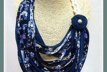 T SHIRT NECKLACE SCARF