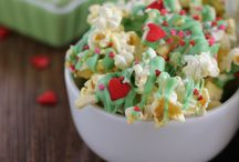 Holiday Party Ideas / Sweetest time of the year to celebrate with the people that matter to you! Throwing a large family get together or a intimate holiday party? Doesn't matter, get your ideas here! / by Miss Mints